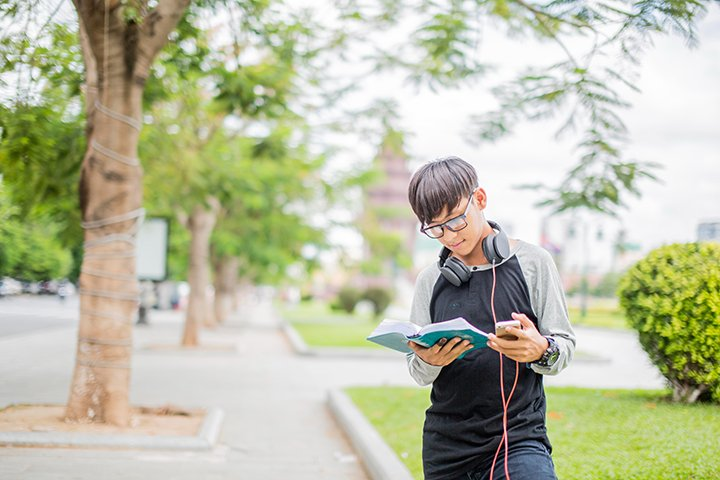 Q: Why Doesn't My Dyslexic Student Like Audiobooks?